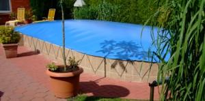 Schwimmbadabdeckung aufblasbar, oval